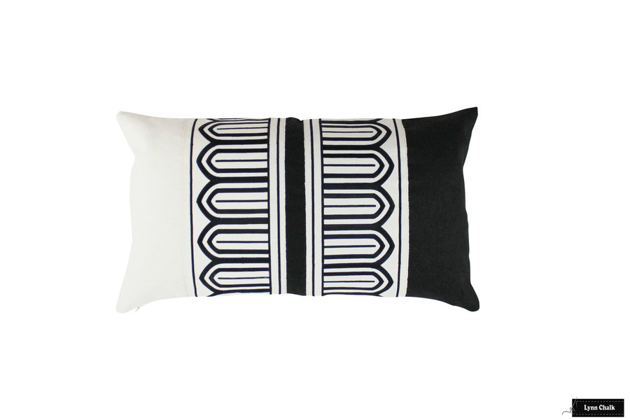 Pillow in Black and White Linen with Arches Trim (14 X 24)