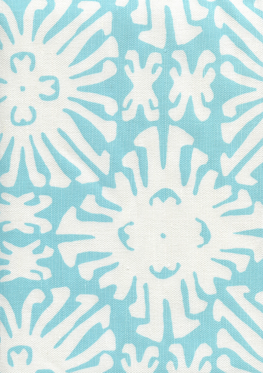 Sigourney Reverse Small Scale Turquoise on white 2485 01