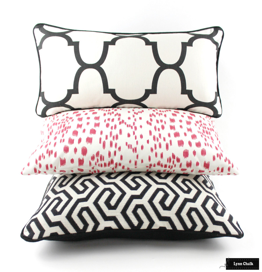 Pillows in Riad Black, Les Touches Pink and Schumacher Ming Fret in Black