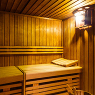 Far Infrared vs Near Infrared Saunas: What's the Difference?