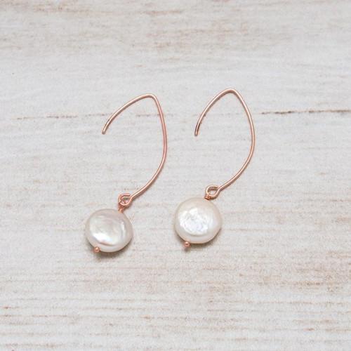 Lydia Earrings-rose gold/white pearl