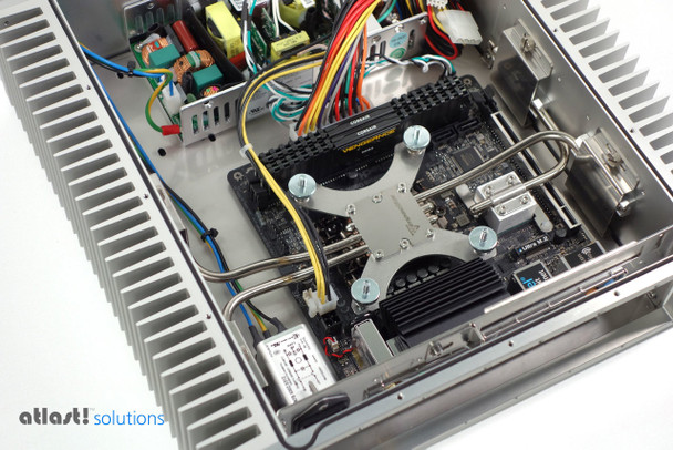 Showing the lid removed and the heat pipe cooling on the CPU