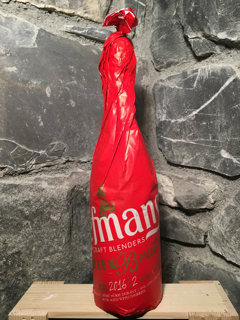 Every hectolitre of Liefmans Kriek Brut contains up to 13 kilos of fruit!  Liefmans Kriek Brut beer can easily be stored for ten years in a dark and cool room. Bottles must be stored vertically. Its taste improves markedly with storage.