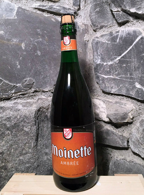 Moinette Ambrée is a top-fermented amber beer, refermented in the bottle.