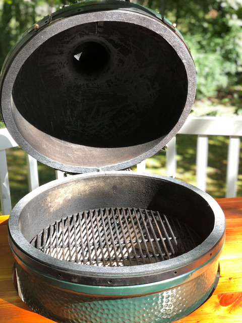The Easy Way to Replace the Gasket on your Big Green Egg or Kamado Joe