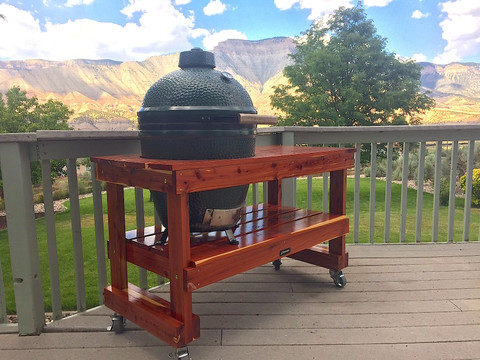 Top 4 Lumbers for Building Your Big Green Egg Table
