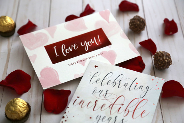 Glamour image featuring Valentine's Day cards