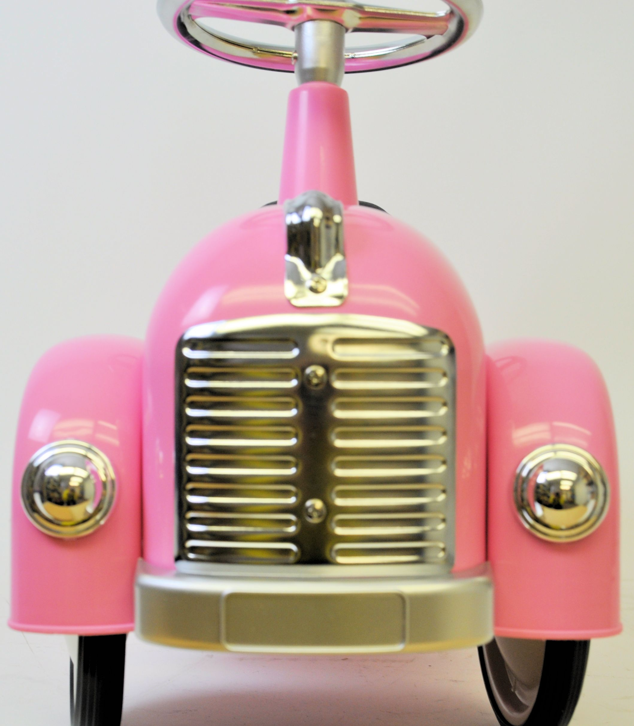 pink-racer-front-view.jpg