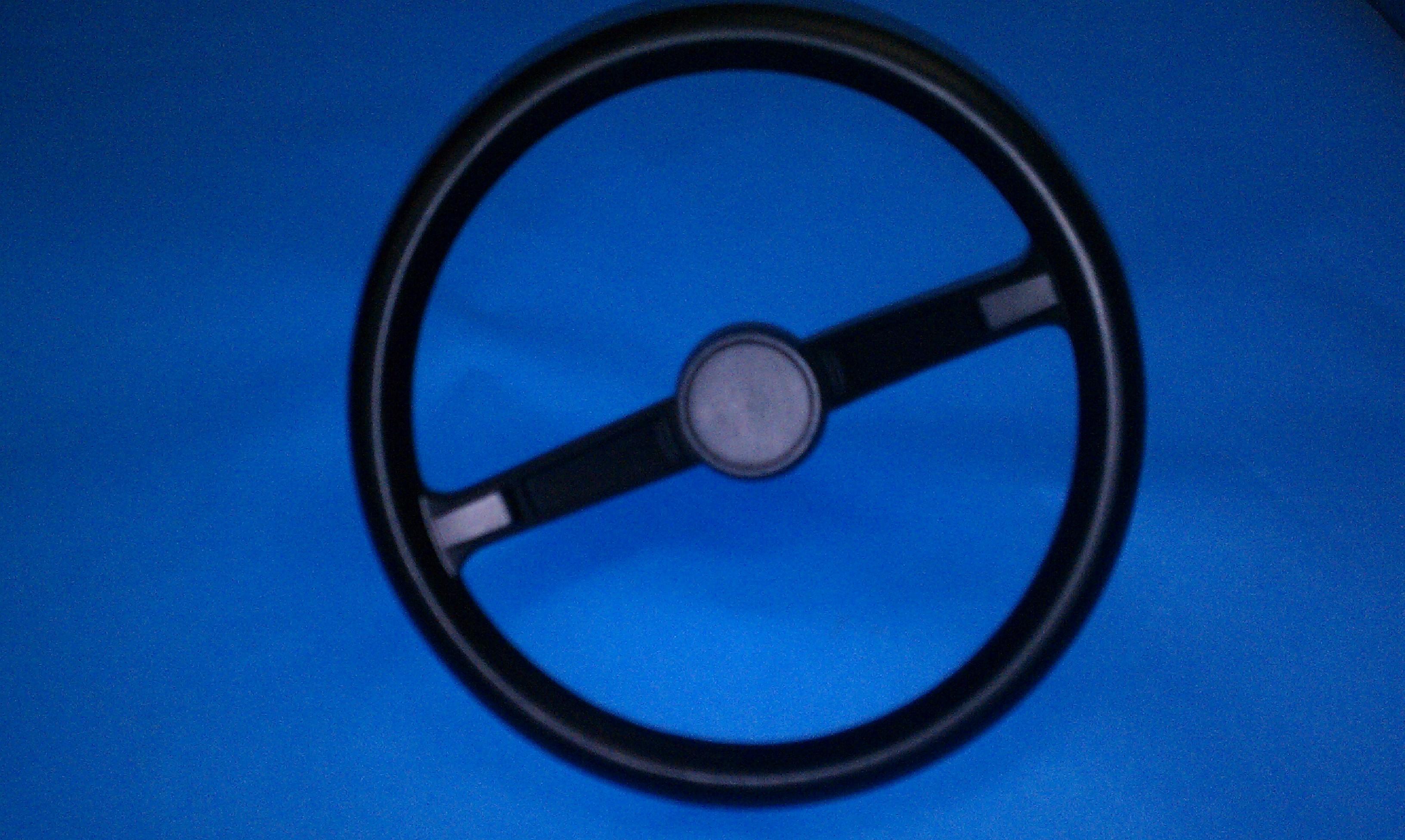 steering-wheel-plastic-black.jpg