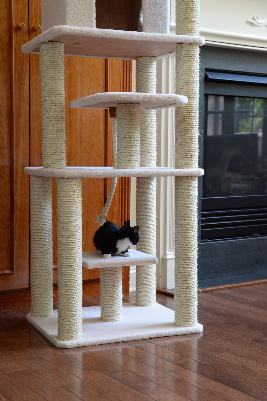 Classic Cat Tree B7801