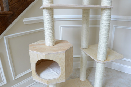 Premium Pinus Sylvestris Wood Cat Tree S8902