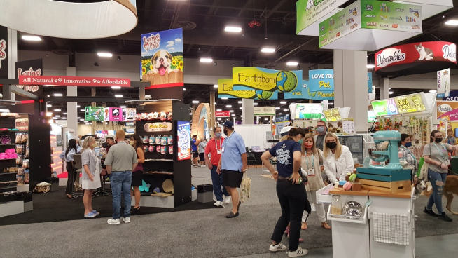 What Happens in Vegas… Happens at SUPERZOO!