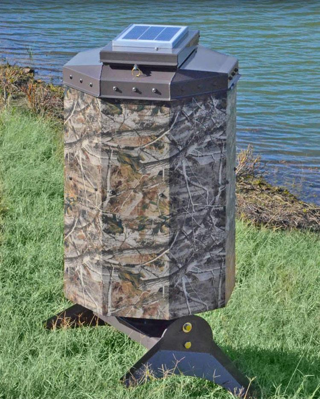 Texas Avenger Automated Fish Feeder