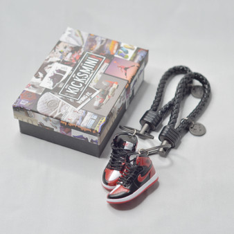 """AJ1 """"Homage to Home"""" 3D Sneaker Keychain"""