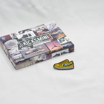 Hypebeast SB Dunk Low Grateful Dead Bears Yellow Sneaker Pins