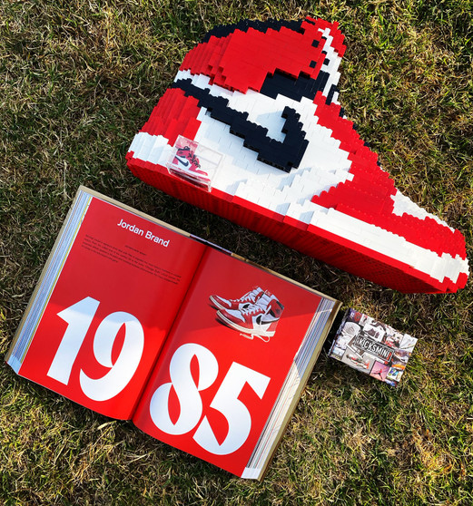 Giant AJ1 Retro 1S SneakerLEGO Display Set