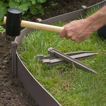 Nature vrtni klinovi za učvršćivanje 10 kom smeđe-sivi