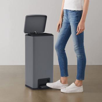 vidaXL Kanta za otpad s papučicom 30 L siva od nehrđajućeg čelika