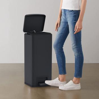 vidaXL Kanta za otpad s papučicom 30 L crna od nehrđajućeg čelika
