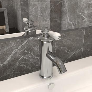 vidaXL Kupaonska slavina za umivaonik srebrna 130 x 180 mm
