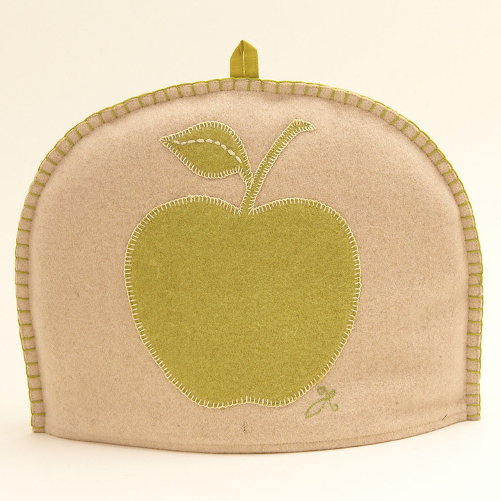 Apple Tea Cosy (Cream)
