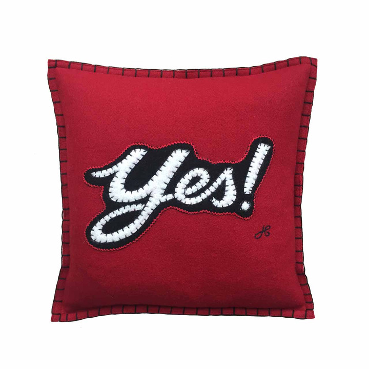Luxury mini square cushion in red wool felt. Hand-embroidered Yes! slogan in white and black. Pop art, Valentine.