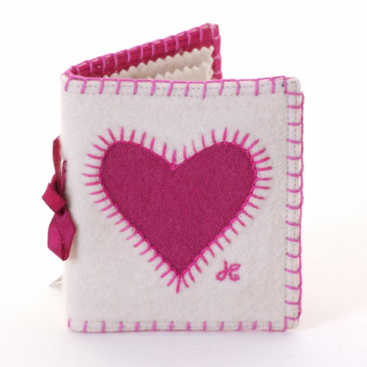 Heart needle case, cream and pink