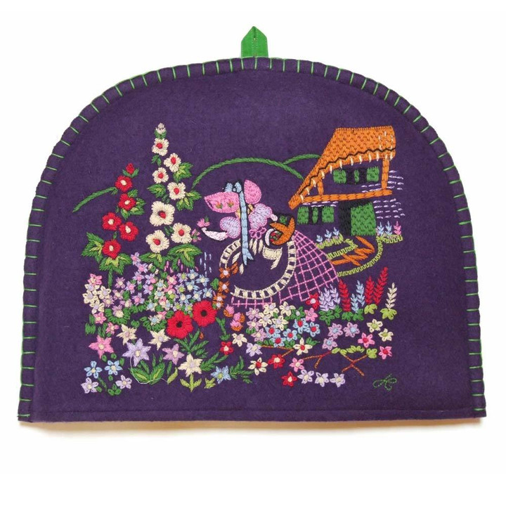 Flowers tea cosy, purple wool