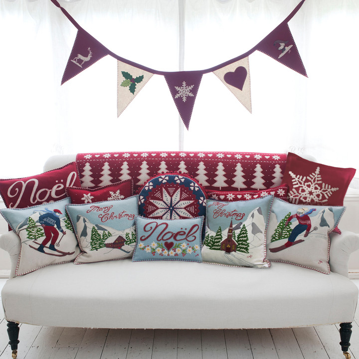 Jan Constantine Alpine Mini Noel Christmas Cushion (DEB)