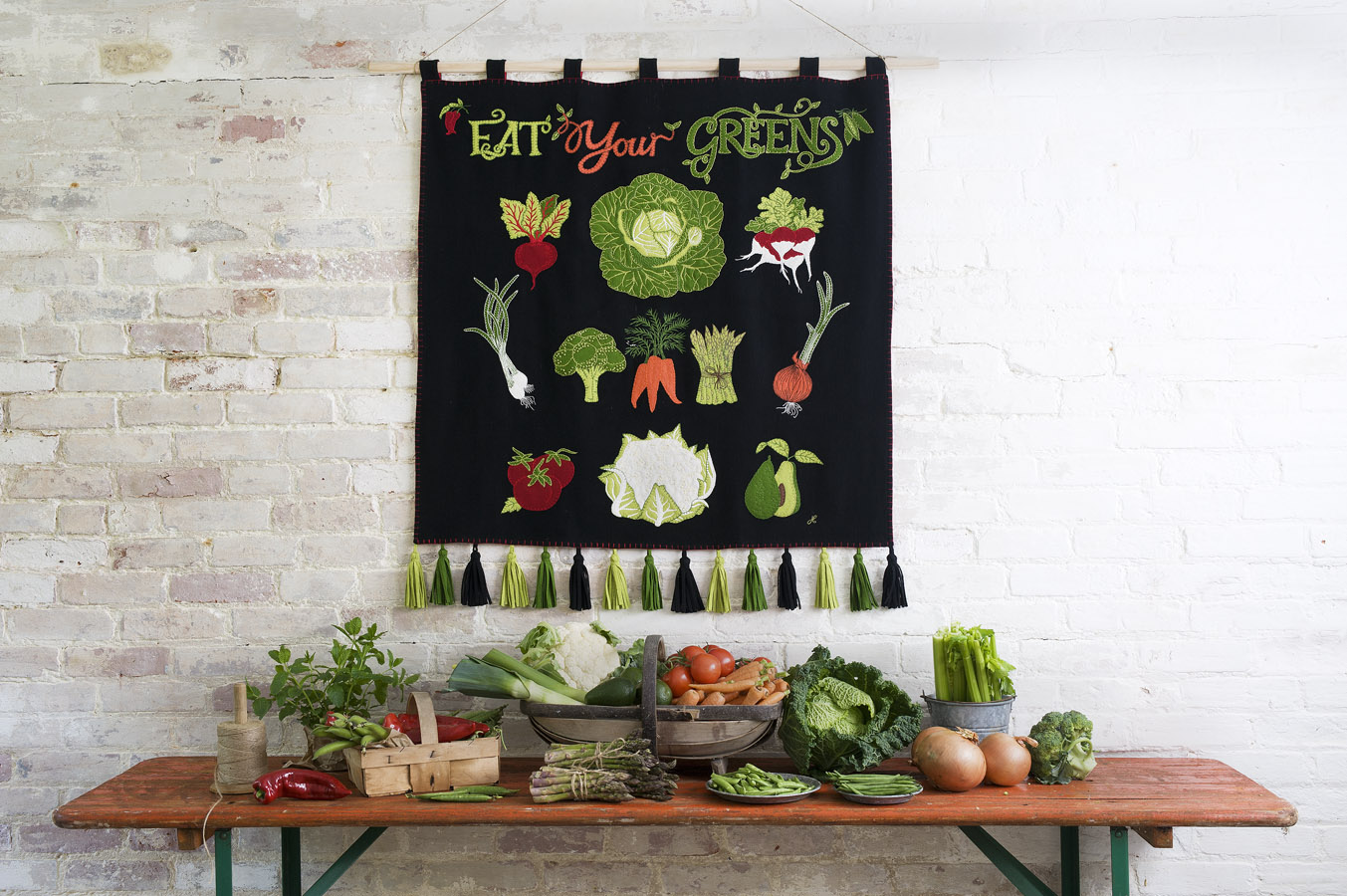 12-jan-c-eat-your-greens-wall-hanging-20.jpg