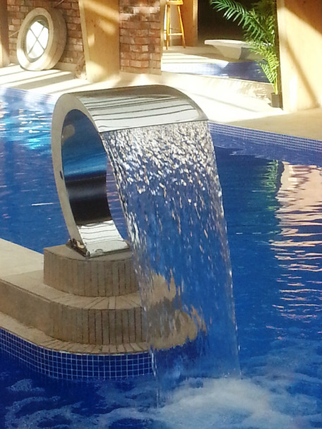 waterfall feature Pacific300
