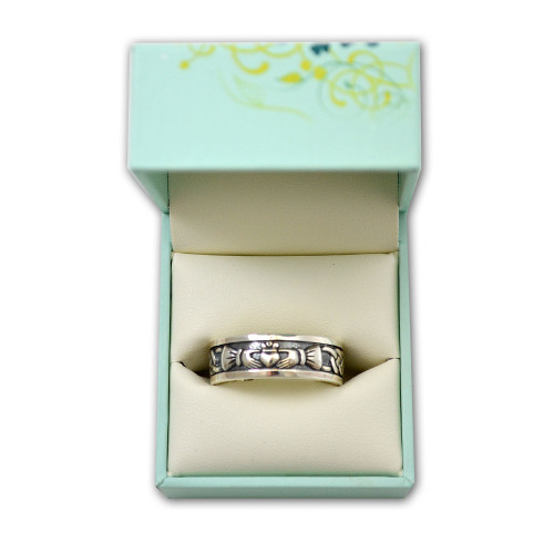 Men's Celtic Claddagh Ring in Sterling Silver