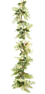 Imagine this beautiful garland in your home this Christmas