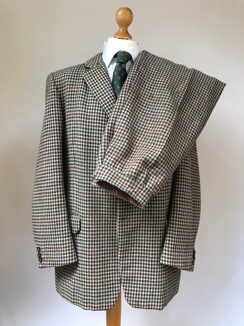 "Houndstooth 2-piece vintage suit (coat & breeks), 44"" (VGR6)"