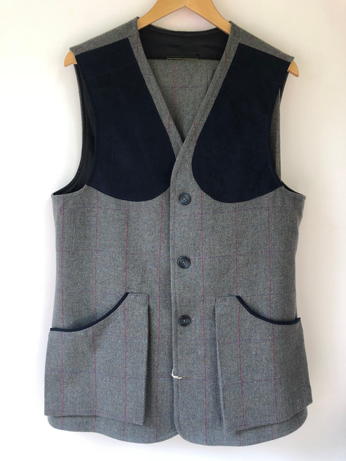 "Waistcoat & Plus 4s by 'House of Bruar', Large, 32"" Waist (VTR21)"