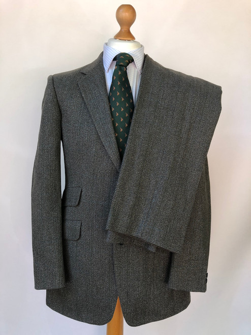"""Beautiful tweed suit by Magree, 40"""" chest / 32"""" waist (VGR28)"""