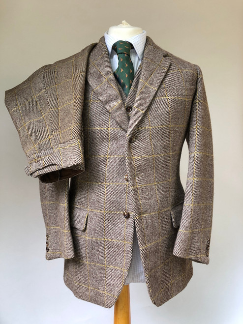"Three-piece shooting suit by Redmayne, 36"" (VGR55)"