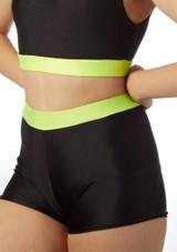 Pantalon Corto Gimansia Nina con Cinturilla Alegra Fuse Negro-Verde frontal.