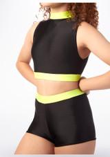 Pantalon Corto Gimansia Nina con Cinturilla Alegra Fuse Negro-Amarillo frontal.