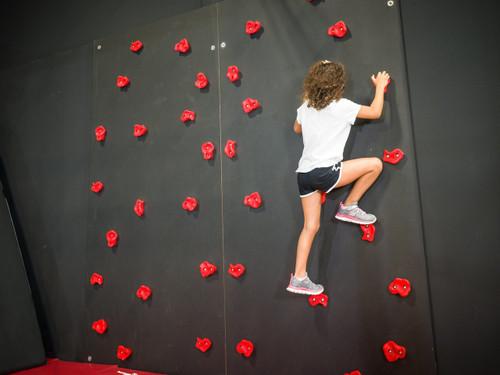 G2N Climbing Wall - Pkg of 2