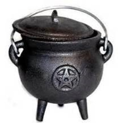 Cast Iron Cauldron Black Small Pentacle with Lid 11cm