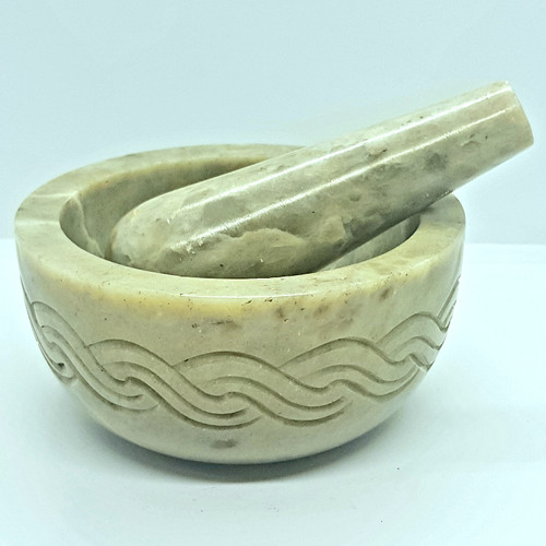 Mortar & Pestle Soapstone Celtic Knotwork Light Green 4.5cm x 10cm
