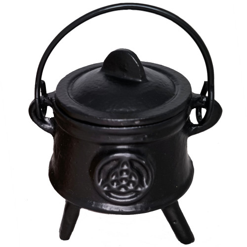 Cast Iron Cauldron Small Triquetra 12.5cm