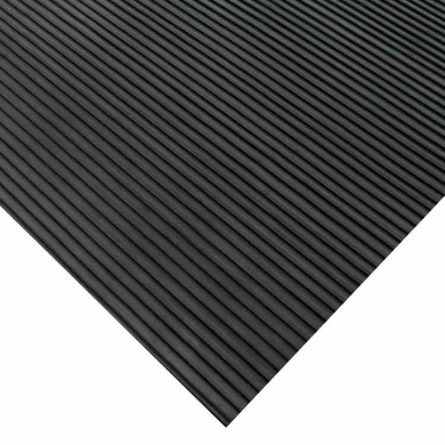 Corner of Corrugated Ramp-Cleat Rubber Runner