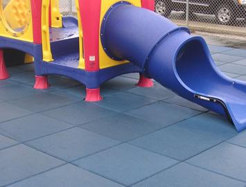 eco-safety-rubber-playground-surfacing-2-medium.jpg