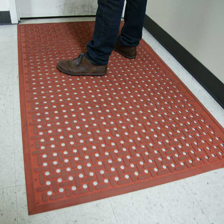 Tales Of A Bar Hopper How Bar Rubber Mats Can Save A Friday Night