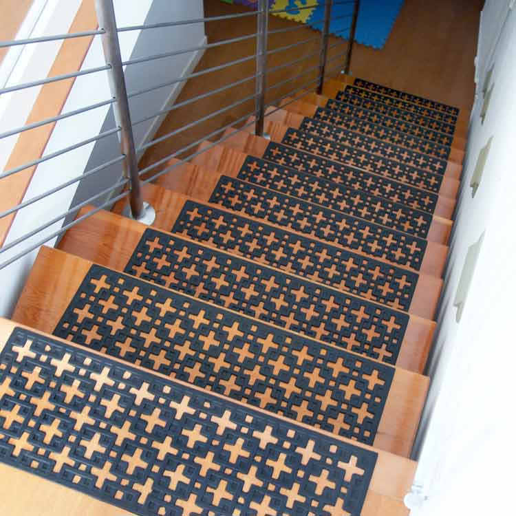 black star Rubber Stair Treads set mats on stairs
