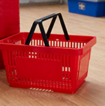 Baskets & trolleys