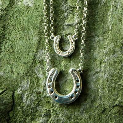 small-vs-large-horseshoe-necklace-1-1-.jpg