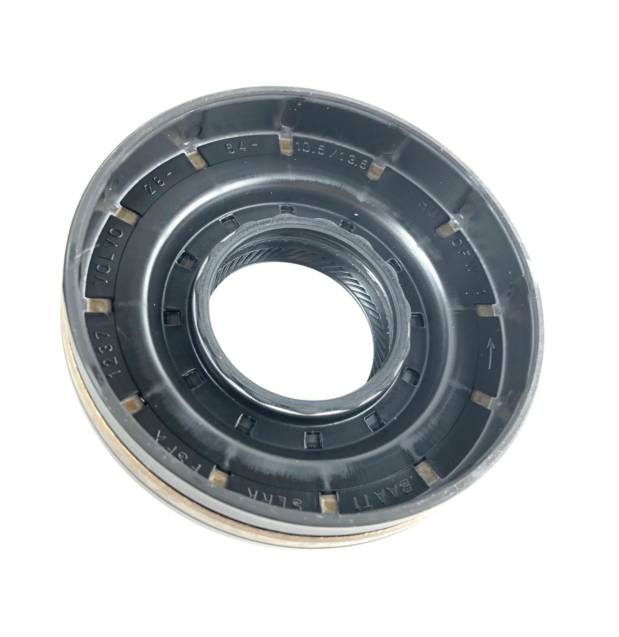 Rear Pinion Seal - LR023442